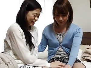Japanese tranny blowjob tube - two tgirls in the bed