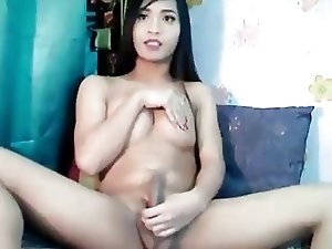 Huge Dick Tranny Masturbating