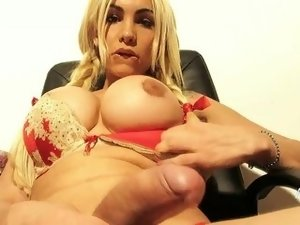 Angeles Cid suck a big cock